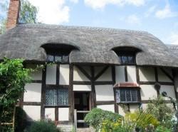 Avia - Anne_Hathaways_Cottage1.jpg