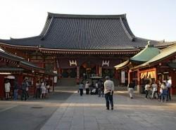 Avia - Asakusa_Kannon_Temple_177.jpg