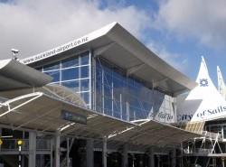 Avia - Auckland_Airport_14.jpeg