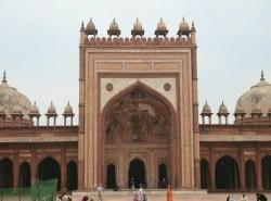 Avia - Fatehpur_Sikri_2_-_Agra1.jpg
