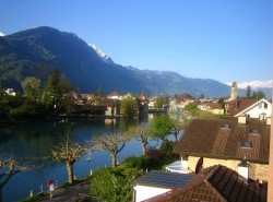 Avia - INTERLAKEN1.jpg