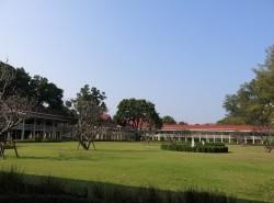 Avia - Maruekhathaiyawan_Palace1.jpg