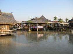 Avia - Pattaya_Floating_Market5.JPG