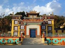 Avia - Tashi-Jong-Buddhist-Monastery-Palampur6.jpg