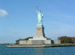 Avia - liberty_statue61.jpg