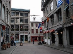 Avia - old_town_montreal8.jpg
