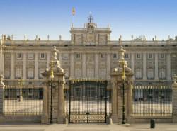 Avia - royal_palace_madrid4.jpg
