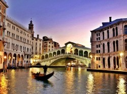 Avia - venice-bridge30.jpg