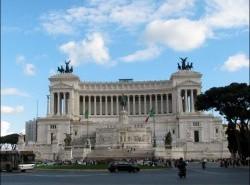 Avia - victor-emmanuel-monument-rome15.jpg