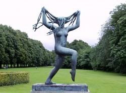 Avia - vigeland-sculpture-park-in-oslo1.jpg