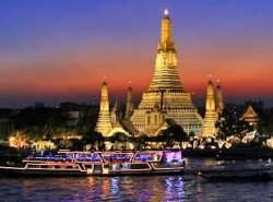 Avia - Dinner_Cruise_Along_Chaophraya_River4.jpg