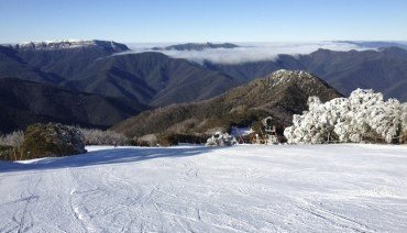 Tour - WINTER AUSSIE TANGALOOMA + MT. BULLER