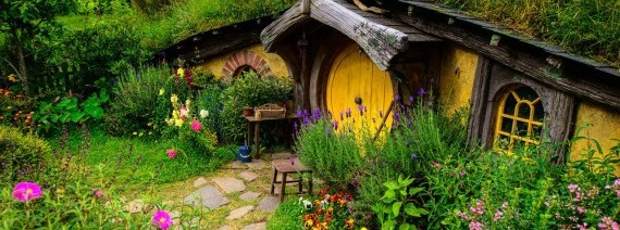 Avia Tour - ULTIMATE SOUTH & NORTH ISLAND + HOBBITON