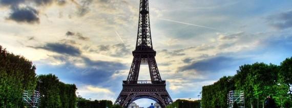Avia Tour - PARIS FREE AND EASY