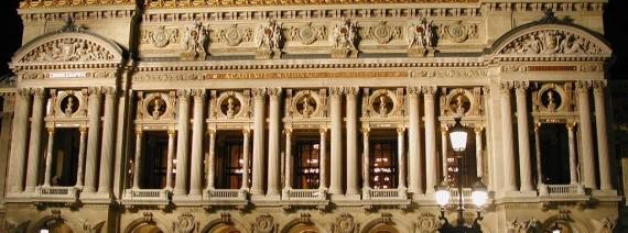 Avia Tour - WAY OF THE CROSS + PARIS (Spain Portugal & Loudes)