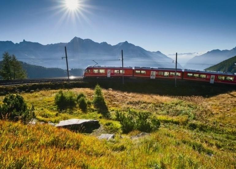 Avia Tour - HEART OF SWITZERLAND WITH HEIDI VILLAGE & BERNINA EXPRESS