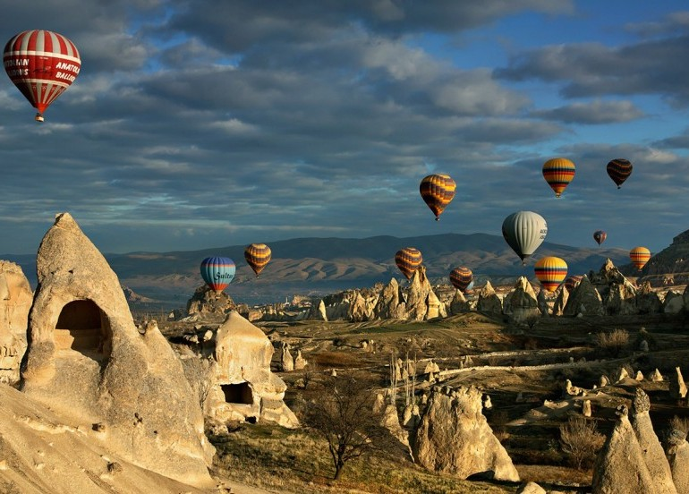Avia Tour - TURKEY DUBAI + BOSPHORUS CRUISE LUXURY TOUR (FREE HOT AIR BALLOON)