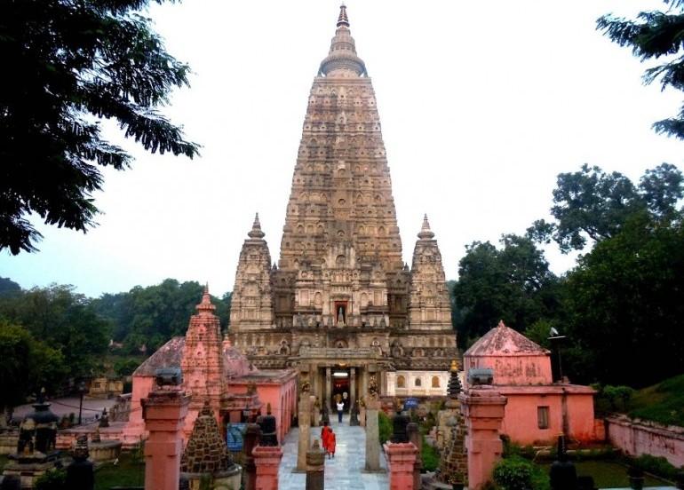 Tour - INDIA NEPAL BUDDHIST TOUR