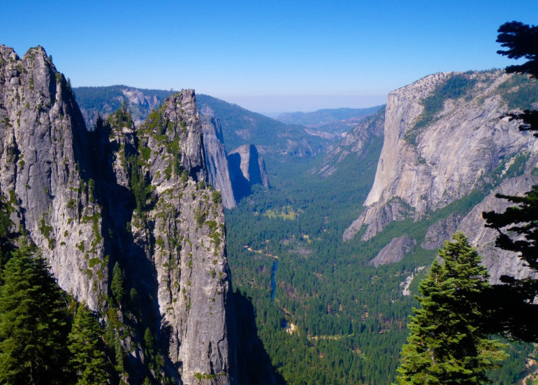 Avia Tour - G'DAY WEST COAST USA SHOPPING TOUR + YOSEMITE NATIONAL PARK